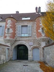 Un week-end à Milly la Forêt et Dannemois : sur les traces de Jean Cocteau et Claude François.